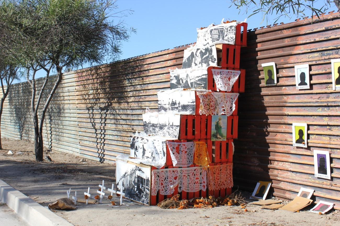 C:UsersAlejandroDocuments20. Fotos1. Viajes 1992-20192014.2015 - Tijuana California1. Tijuana, San Diego y Mexicali4. LíneaIMG_0942.JPG